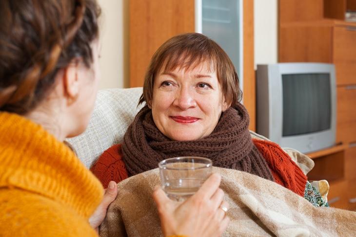 Cuidado de mayores: el respiro familiar que aumenta cada año